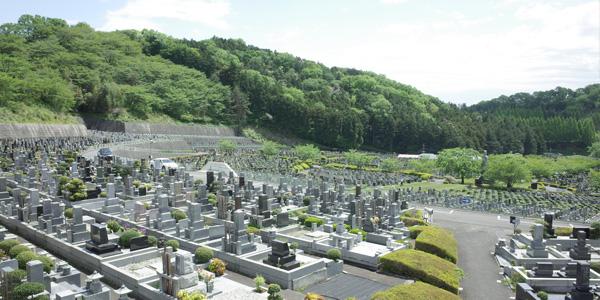 高知県の墓地